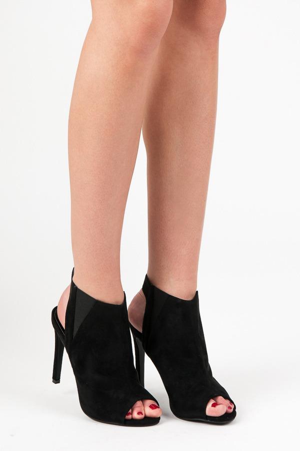Černé kotníkové sandály na podpatku