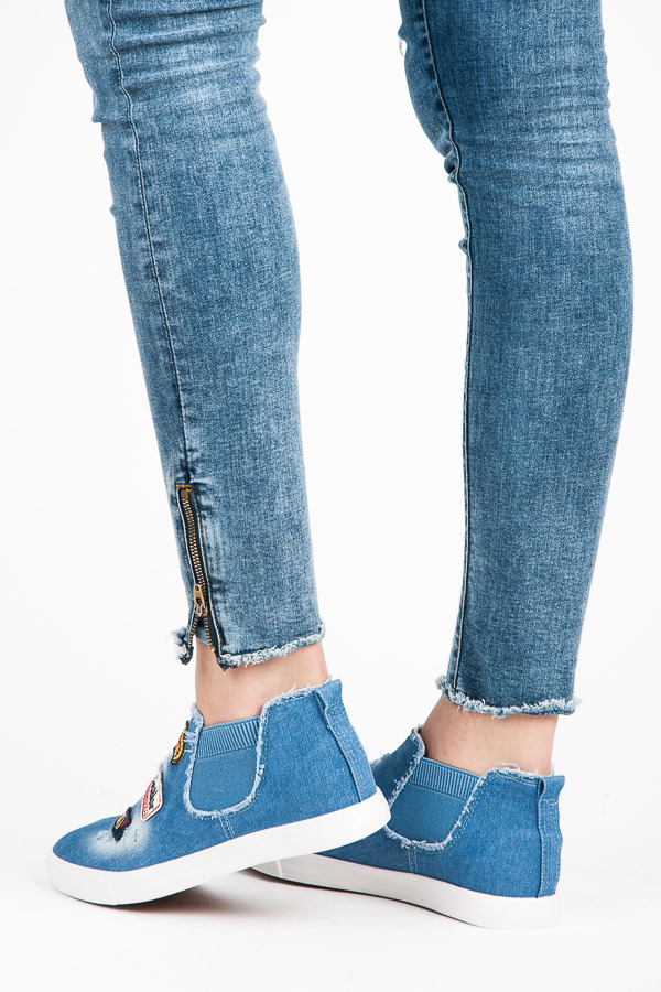 Dámské džínové tenisky s originální výšivkou