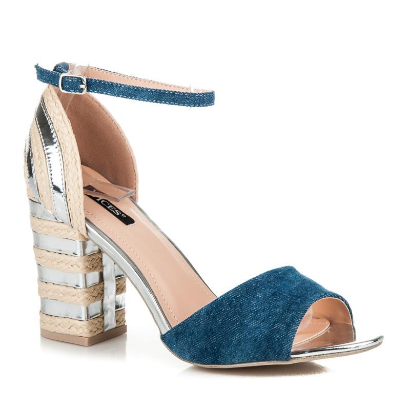 Džínové stříbné sandály na podpatku