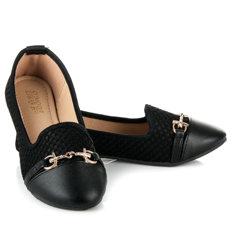 Elegantní černé baleríny s přezkou