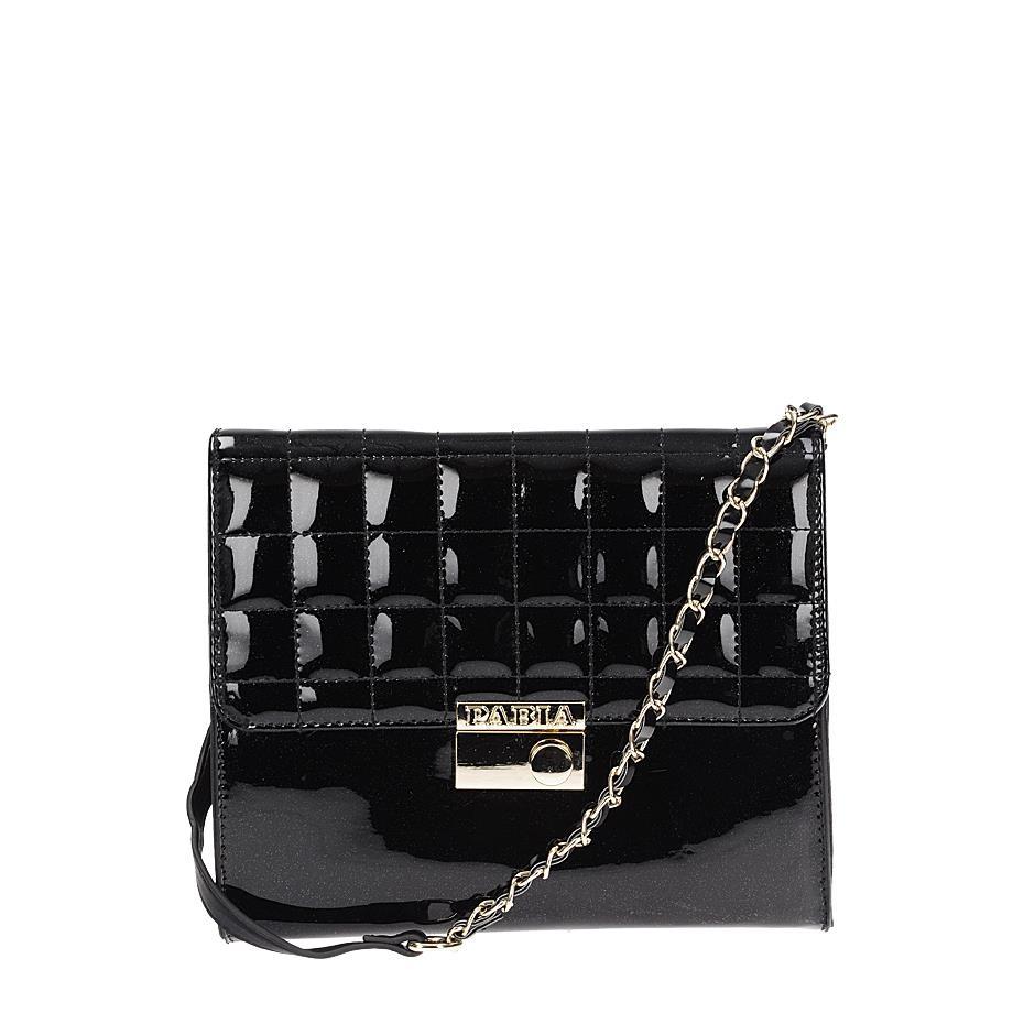 Lakovaná černá kabelka s módním prošitím