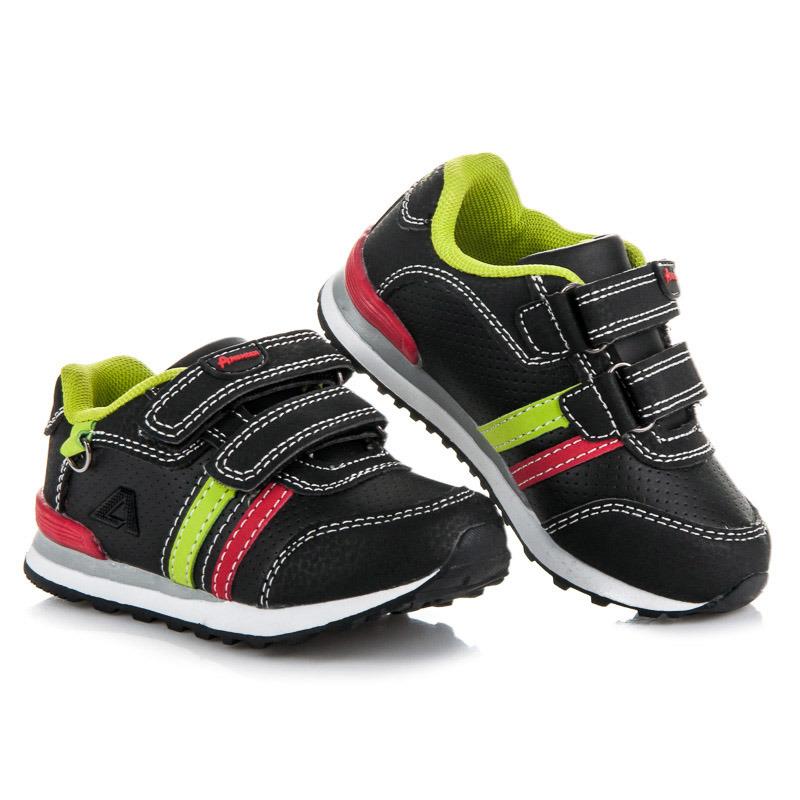 Módní černé dětské sportovní botasky