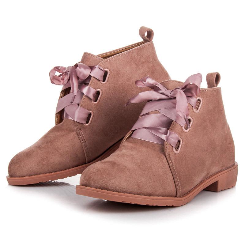 Módní růžové kotníkové boty vázané stužkou