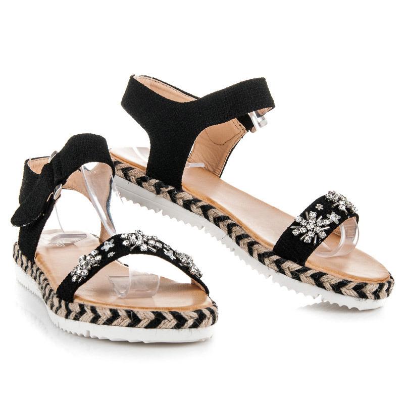 Perfektní černé sandály s kamínky