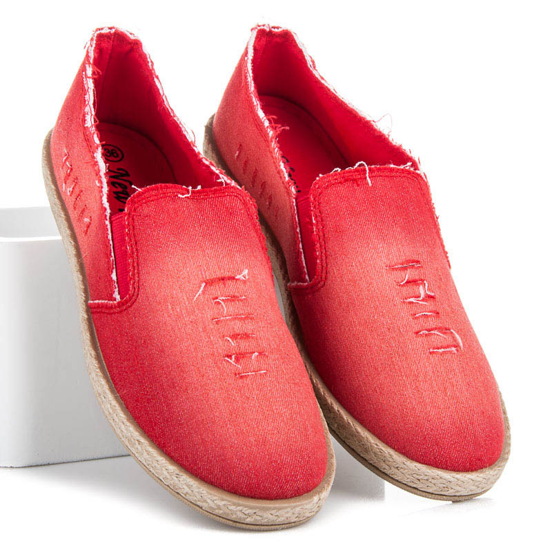Perfektní červené džínové tenisky na pohodlné podrážce