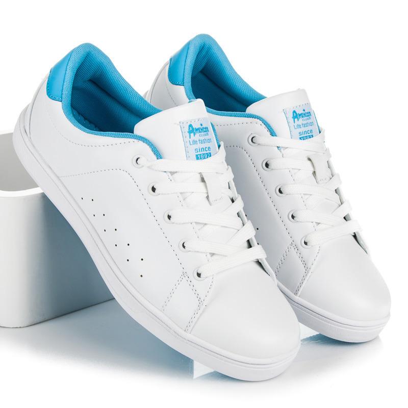 Pohodlné bílé dámské tenisky na šněrování d05f17d50b