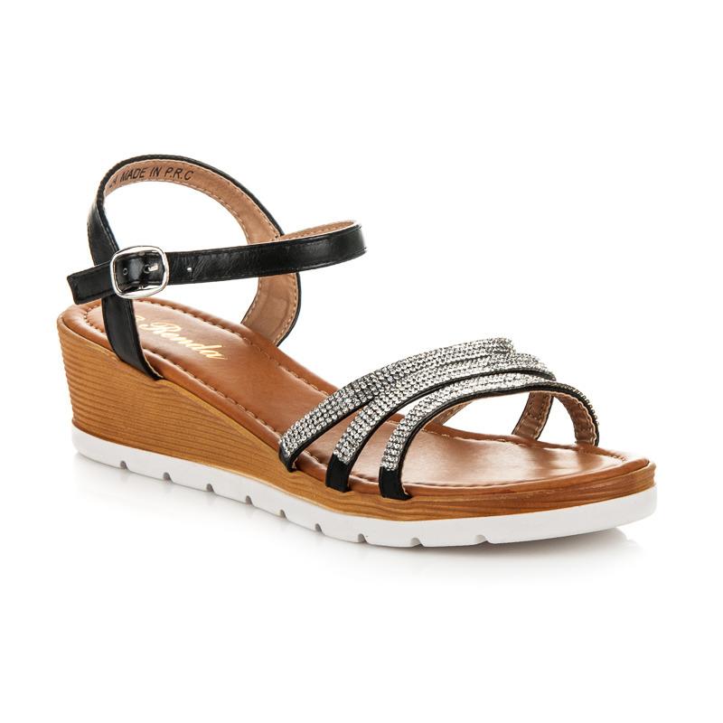 Pohodlné černé páskové sandály s kamínky