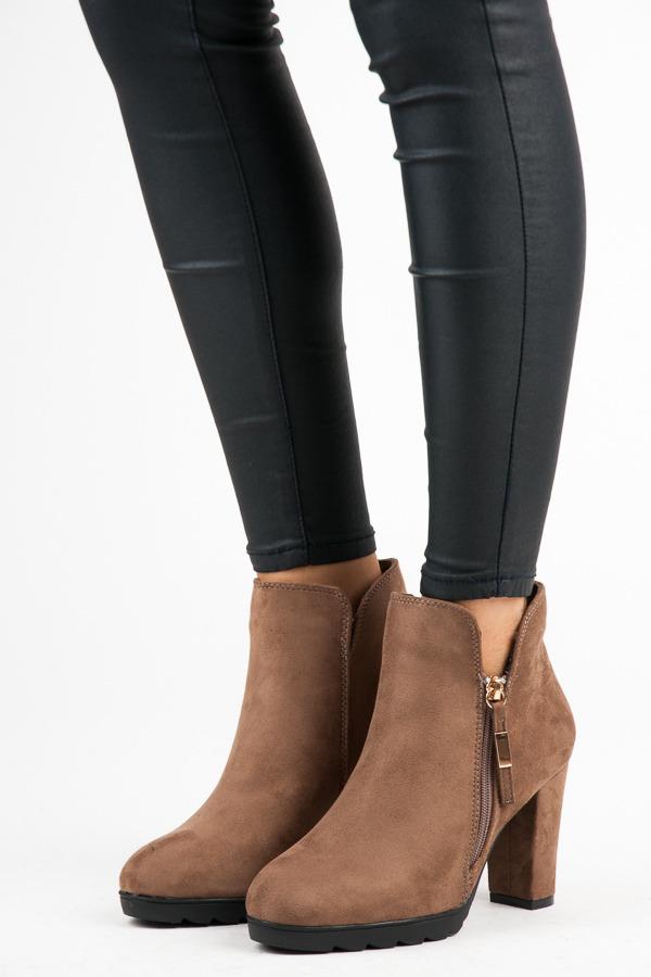 Semišové khaki kotníkové boty na zip