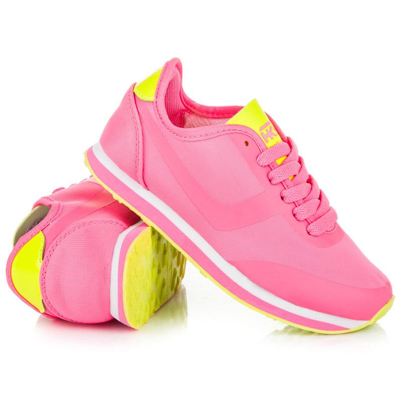 Sportovní růžové dětské boty
