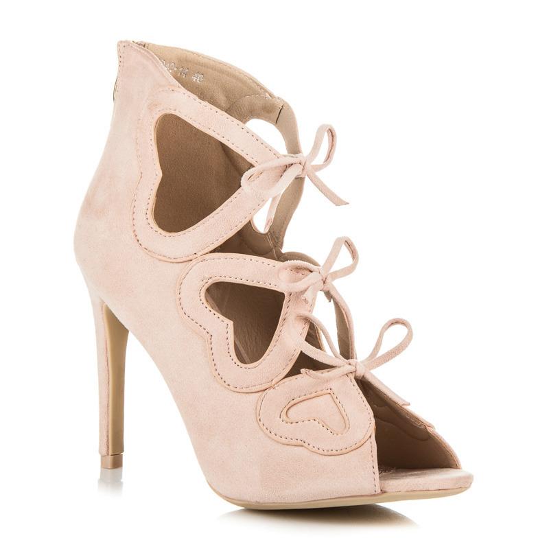4f1a1f751699 ... Dámské béžové semišové kotníkové sandály s mašličkami ...