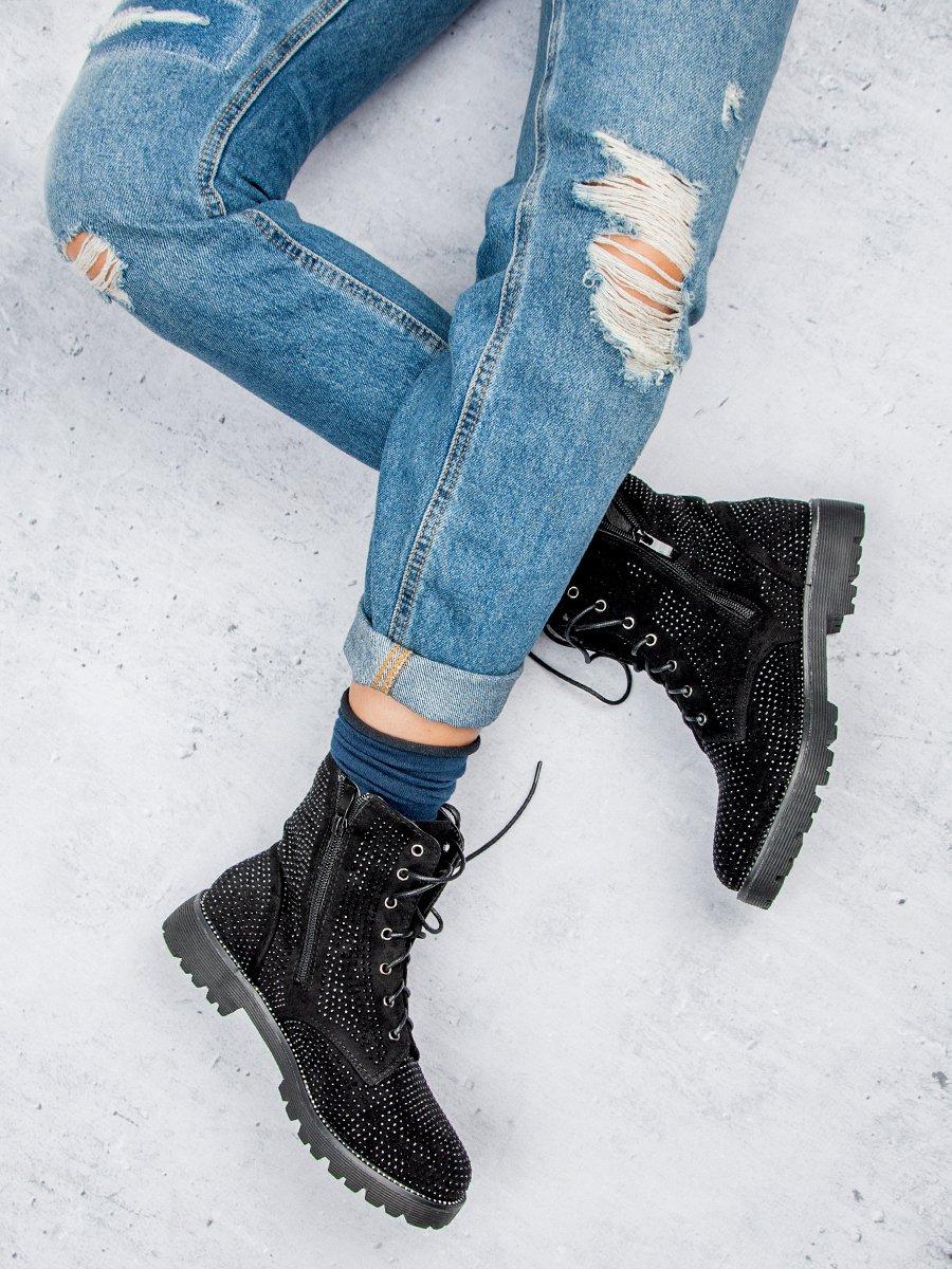 Dámské černé boty s kamínky 1ea58b895e