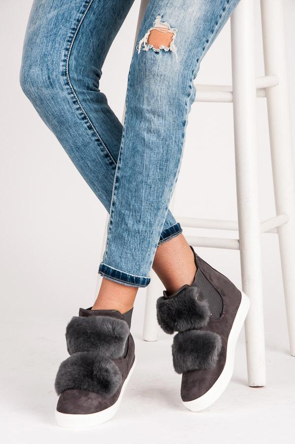 Dámské zateplené šedé zimní boty ke kotníku  2dc32726d4