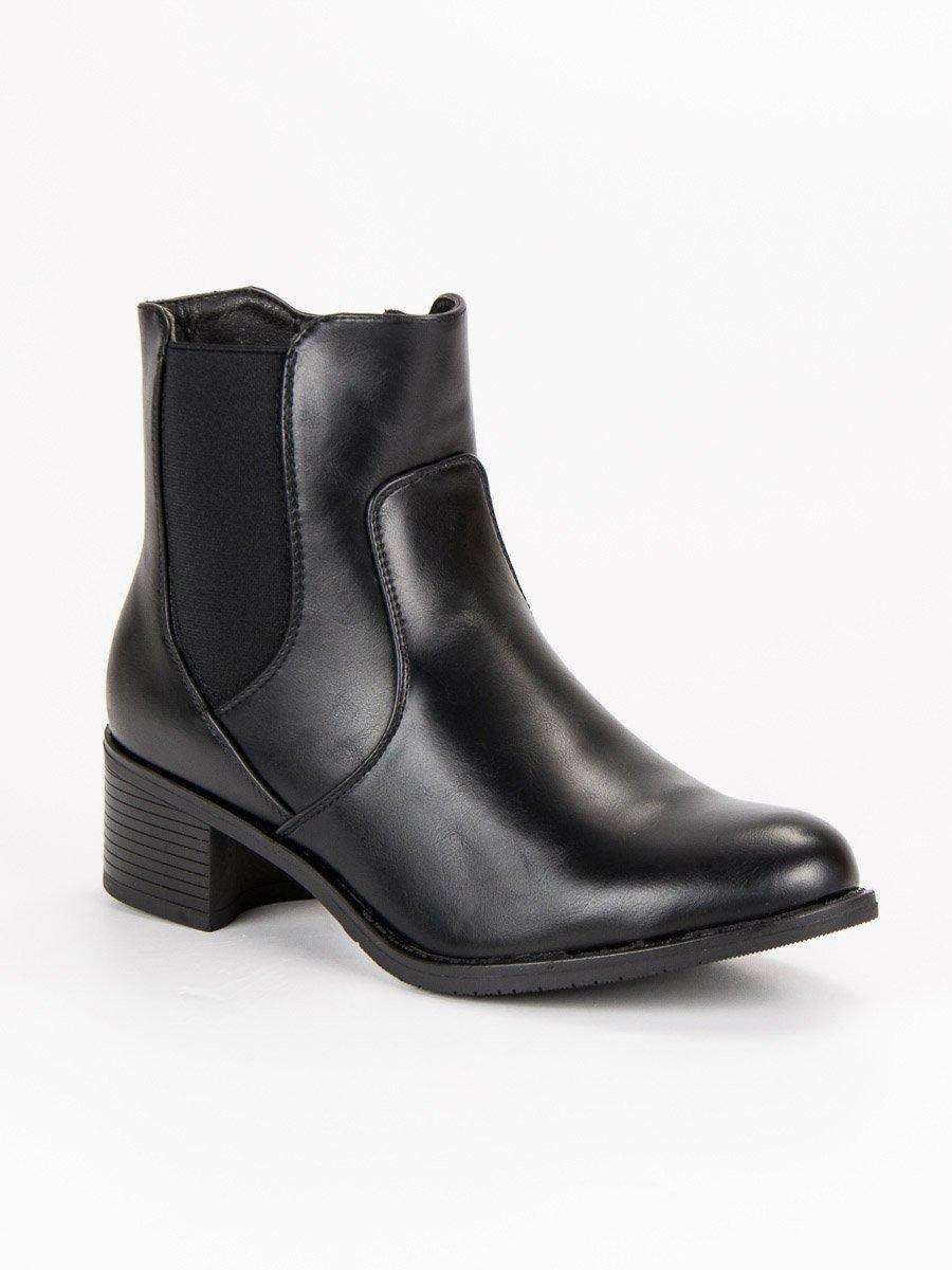 Dokonalé černé kotníkové boty na nízkém podpatku 0842388c3c