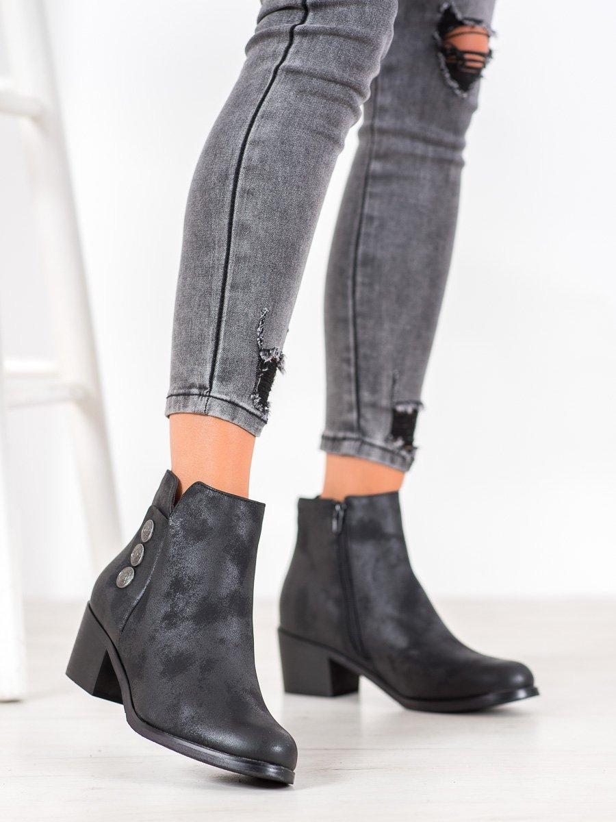 Klasické dámské černé  kotníčkové boty na širokém podpatku