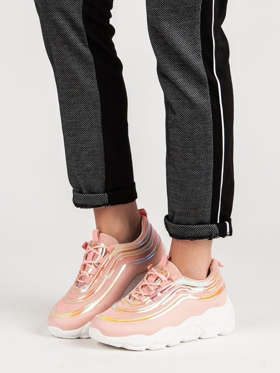 6d7d94a00d7a Komfortní růžové dámské tenisky bez podpatku