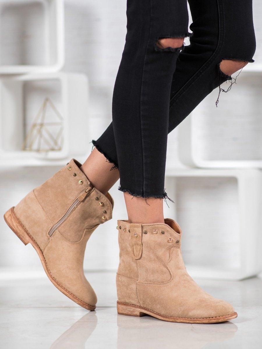 Komfortní zelené dámské kotníčkové boty na klínku