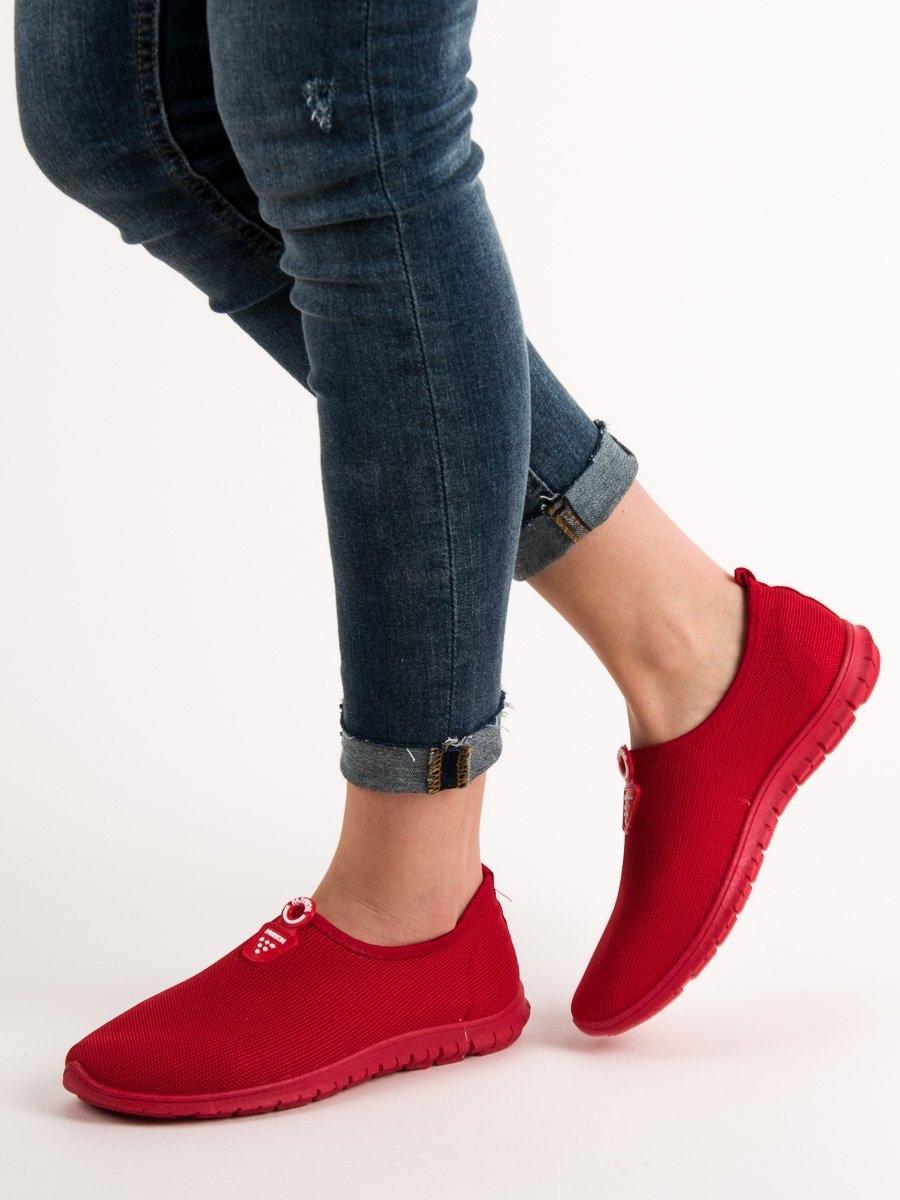 9e475f5b76 Krásné červené dámské tenisky bez podpatku