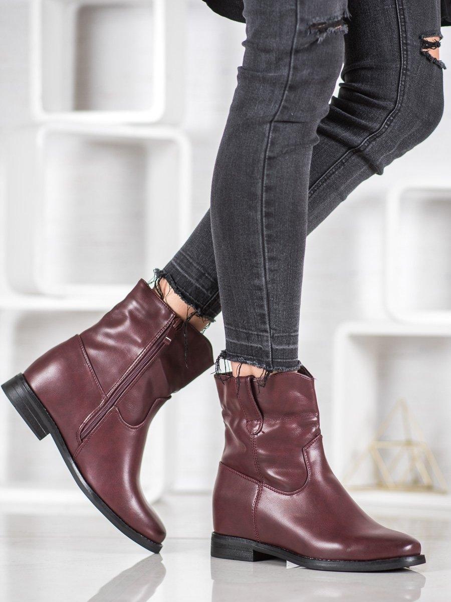 Krásné dámské kotníčkové boty červené na klínku