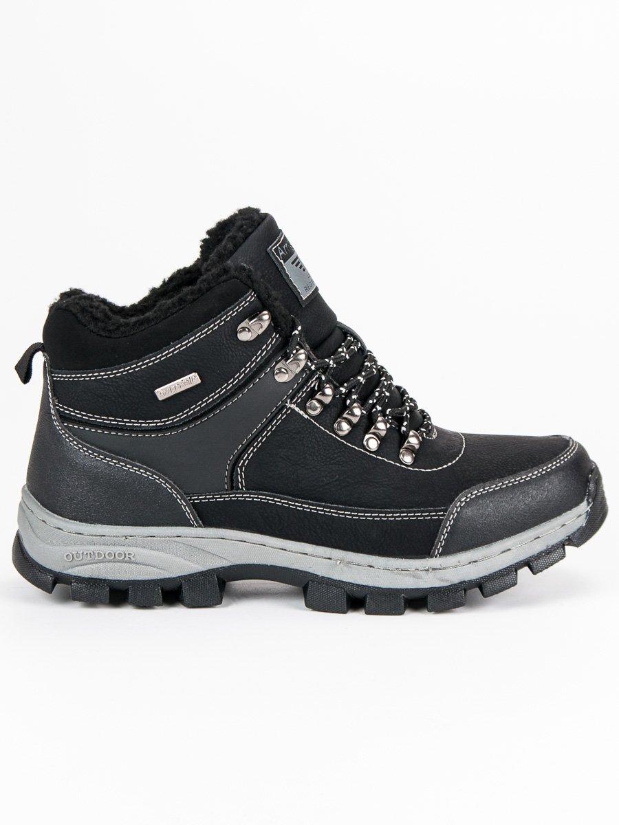 Moderní černé pánské boty zateplené kožíškem
