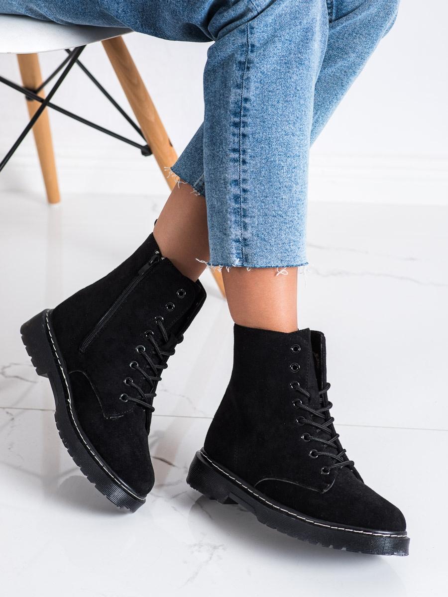 Módní kotníčkové boty černé dámské bez podpatku