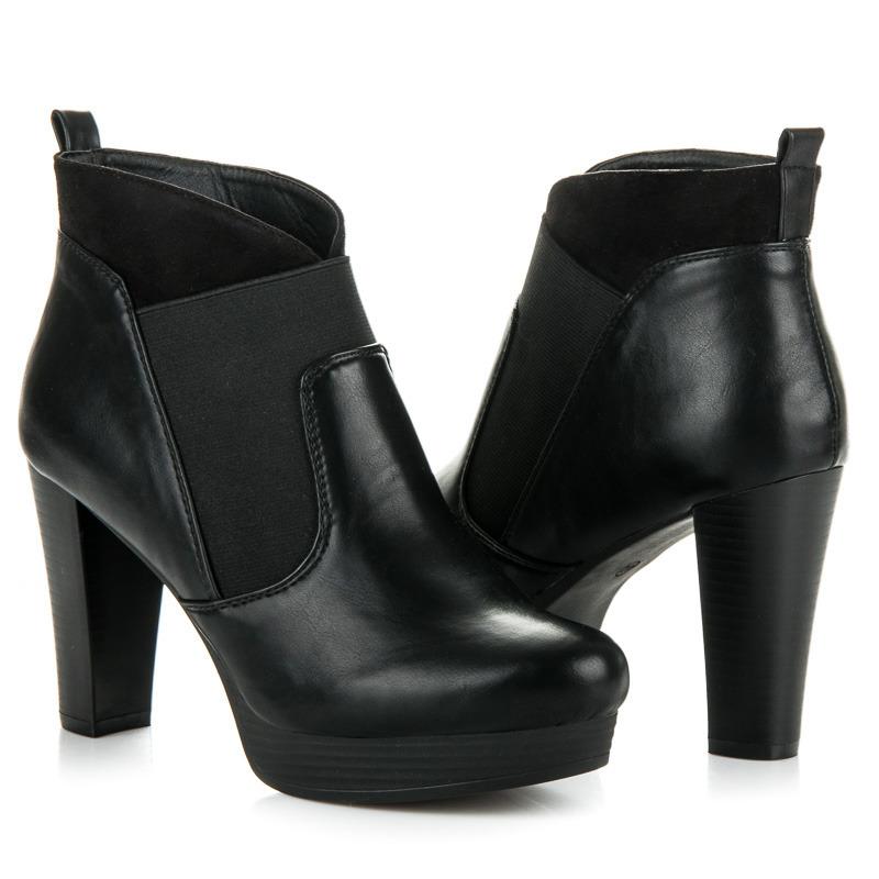 da25e5028537 Nazouvací černé kotníkové boty na platformě a podpatku
