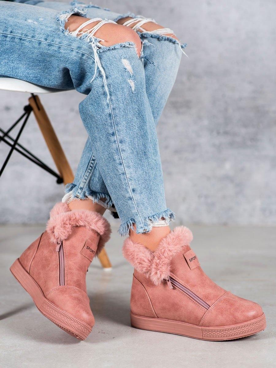 Praktické růžové kotníčkové boty dámské na klínku