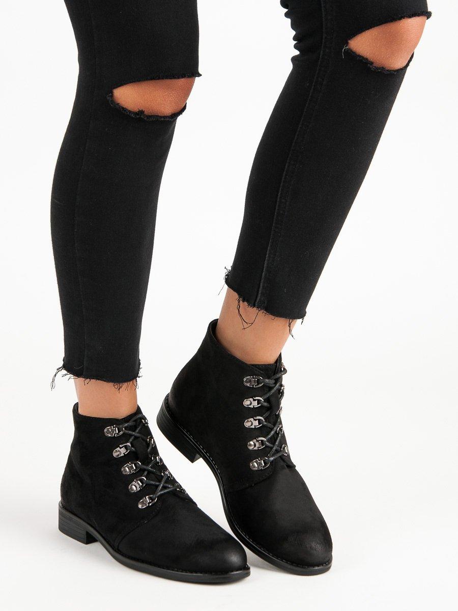 Kotnikove boty s perlickami cerne levně  5e73d2502e