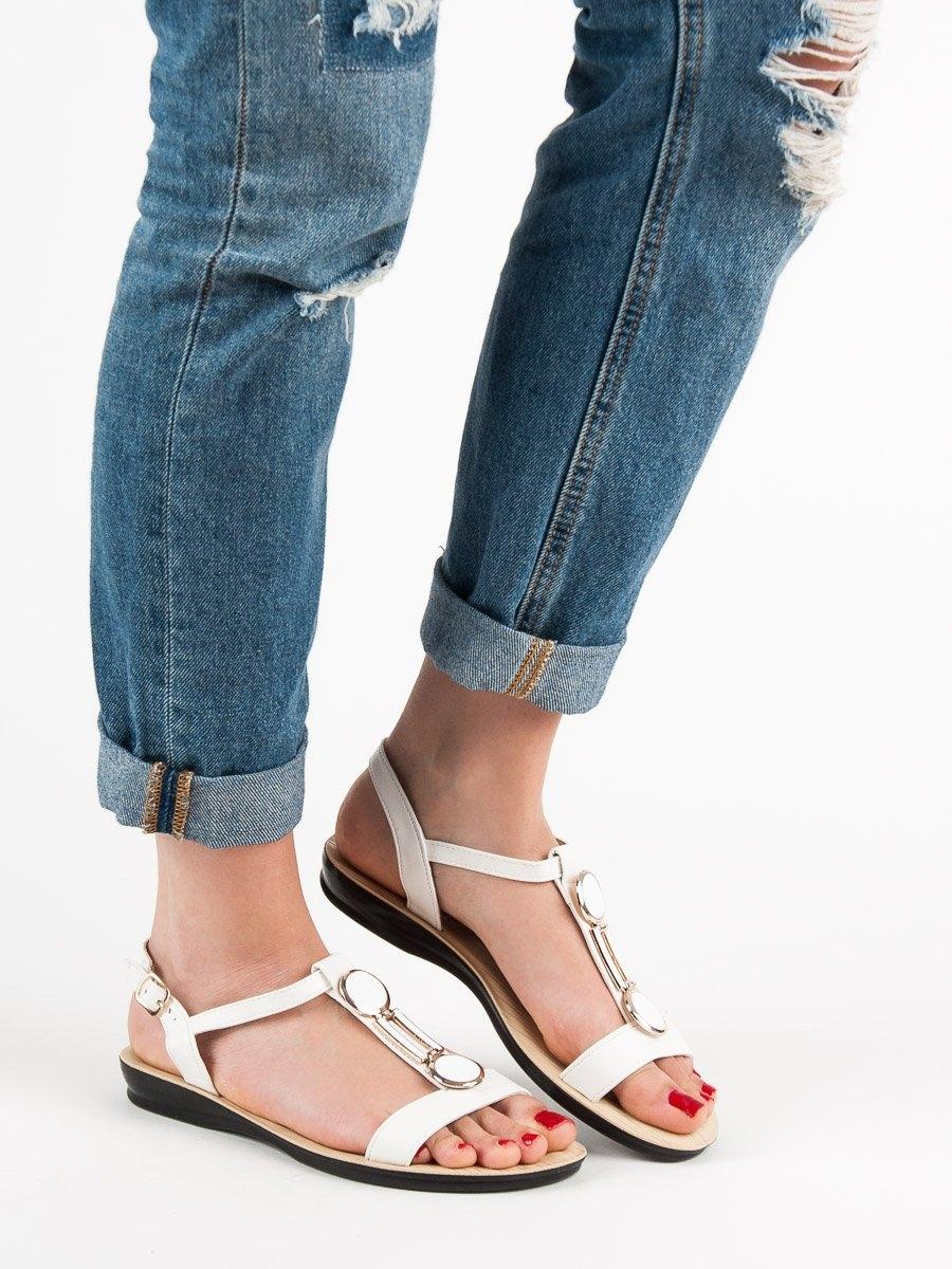 3c6f5746f Stylové dámské bílé sandály bez podpatku | AMIATEX.cz