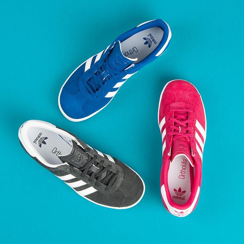... Štýlové dámske modré tenisky Adidas ... 8f9179d9a2a