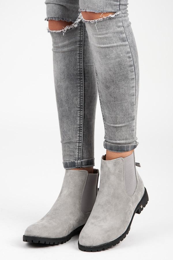 Stylové šedé nízké kotníkové boty s mašlí  806143bfca