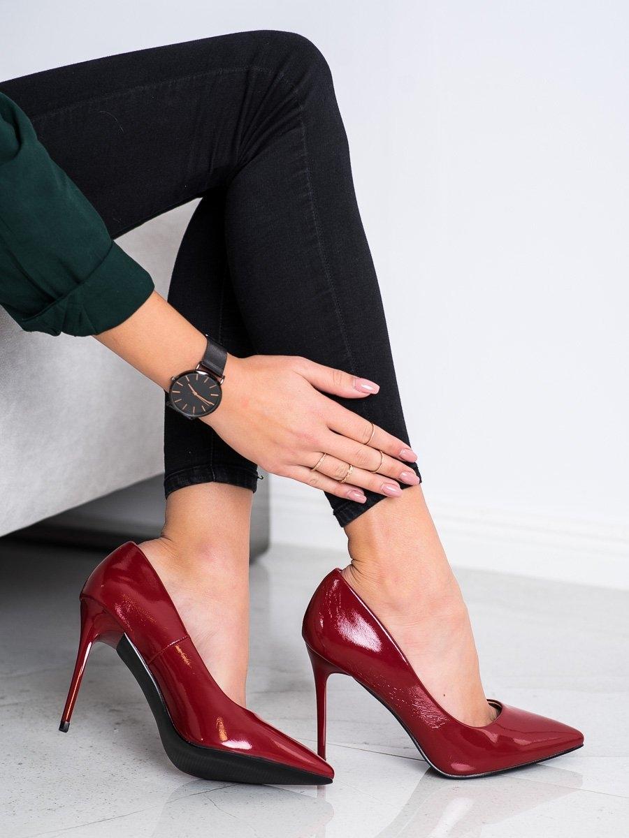 Trendy červené dámské lodičky na jehlovém podpatku