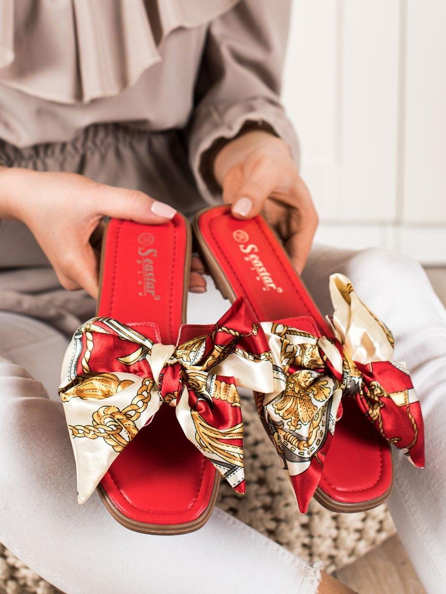Levně Trendy dámské nazouváky červené bez podpatku
