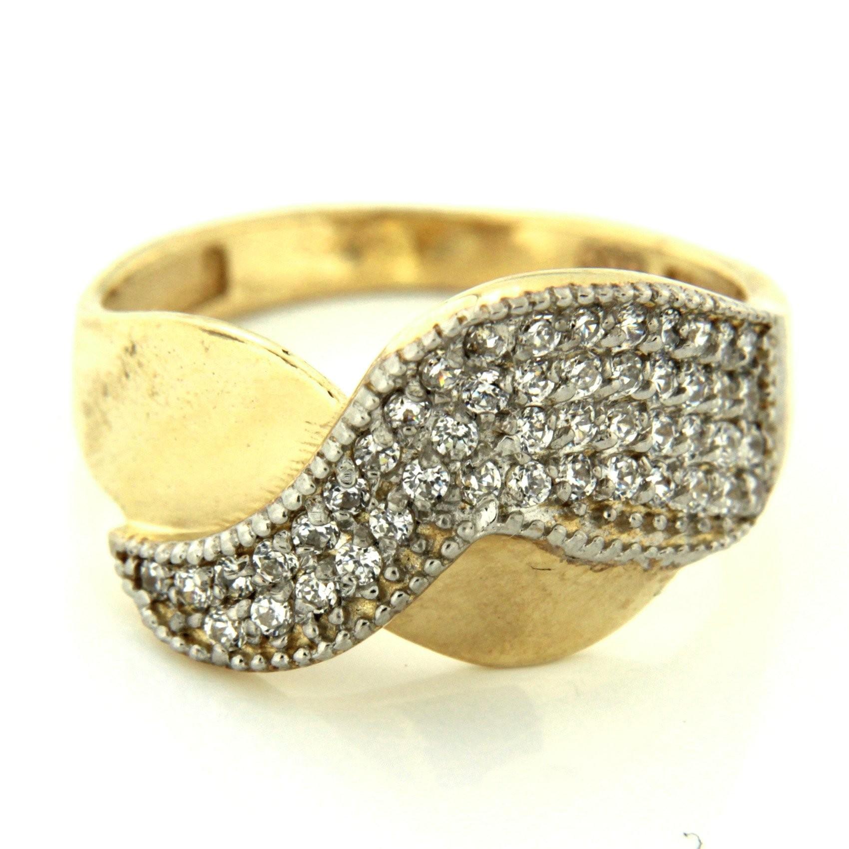 Zlatý prsten 13500